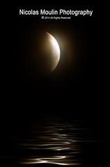 Eclipse en reflejo (Nicolas Moulin (Nimou)) Tags: mer lune eclipse mar agua luna reflet reflejo soe blueribbonwinner golddragon abigfave platinumphoto anawesomeshot aplusphoto betterthangood goldstaraward