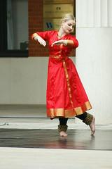Birmingham Artsfest 2008 (tim ellis) Tags: uk dance birmingham brindleyplace artsfest dancestage kathakdance artsfest2008 bfm0908 soniasabricompany