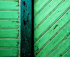 Green agenda (snappy chappy) Tags: door old green lines germany paint hamburg diagonal slats speicherstadt stright snappychappy