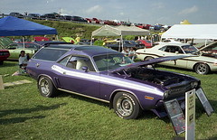 1971 Dodge Challenger R/T wagon (splattergraphics) Tags: wagon 1971 dodge mopar carlisle challenger carshow stationwagon customcar challengerrt ebody carlisleallchryslernationals