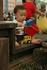 湯圍溝公園:Min最愛玩石頭