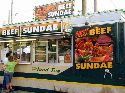 100 Things to see at the fair outtake: Hot Beef Sundae