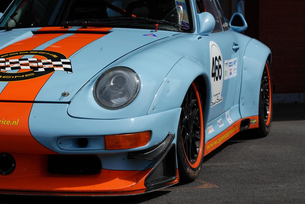 Porsche 911 Front. go back