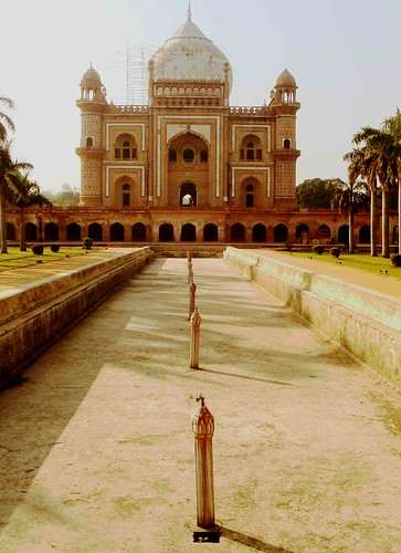 City Landmark – Safdarjung's Tomb, Near AIIMS