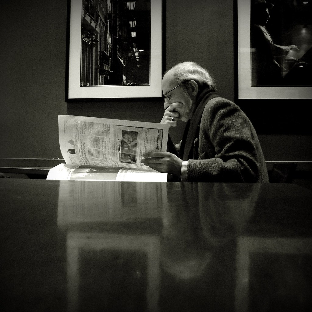 reading (by filipe franco)