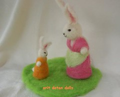 needle felt wool sculpture    -        (orit dotan) Tags: sculpture rabbit bunnies wool animals fairytale felted children toys soft felting crafts waldorf arts handwork creations steiner needlefelt  naturalkids     nadelfilzen  oritdotandolls standinddoll                     waldorfeducation dollsartist        dollsarts