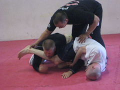 Inoue shows some of the nuances of a proper armbar