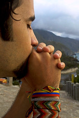 wishing and hoping and thinking and praying* (ina andré *) Tags: boy people beach strand venezuela praying playa thinking chico junio choroni wishing hoping aragua pankcho viajecortesiaderonaldvargas sivalevenezuelaleganoabrasil souvienstoicejourlàtoietmoi