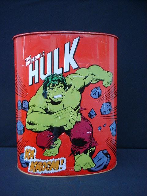 msh_hulk_trashcan1