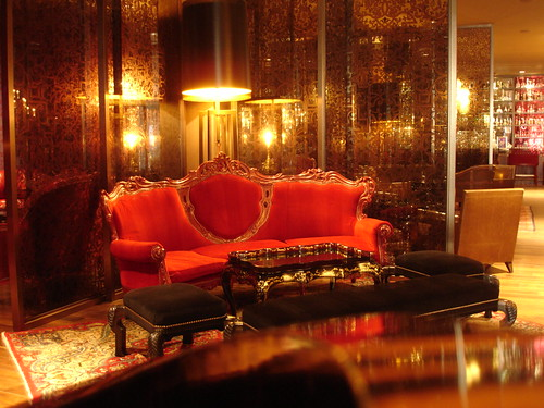 Crimson Lounge at Hotel Sax Chicago