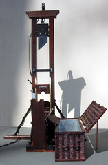 Berger 1907 (andreobrecht) Tags: death model historic penalty beheading berger guillotine