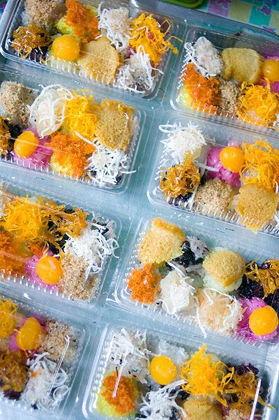 Sticky rice sweets, Nang Loeng Market, Bangkok
