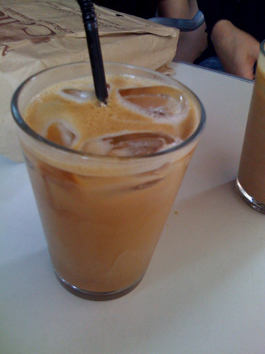 iced latte at Muggen