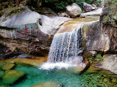 China Travel - Huangshan, Anhui  (Lao Wu Zei) Tags: china travel nature photos 500views favourite     huangshan
