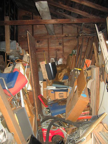 Another shed filled with garbage