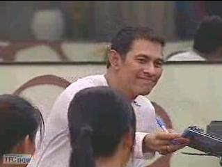 07-21-08 gary v giving out cd's