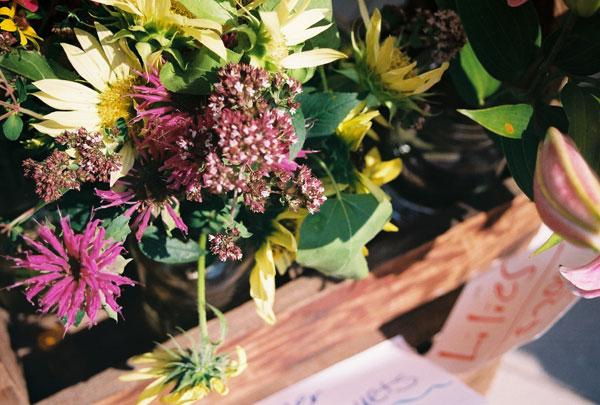 market: flowers