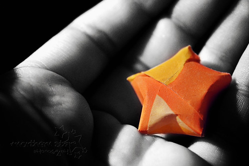day #6/? - paper star. by *northern star° {one of a kind}.
