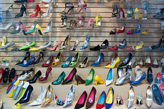 Shoes on 5th Avenue, NYC (Alain Wibert) Tags: nyc newyorkcity windows newyork nikon shoes chaussures vitrines lightroom cityofnewyork