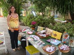 Estefnia (Ludi - Lucia Dias) Tags: feira bazar gardensale