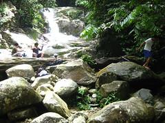 air terjun Lepor, Hulu Langat (Pairan) Tags: nature rural relax fun waterfall outdoor malaysia kawan outing alam airterjun lepor santai lepak hululangat beautyofnature alamsemulajadi
