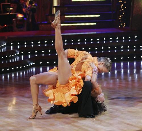brooke burke dancing with stars dress. Brooke Burke has a leg up on