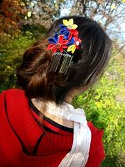 Starburst Flower Kanzashi. Model (Bright Wish Kanzashi) Tags: red flower wearing model handmade accessory kanzashi tsumamikanzashi