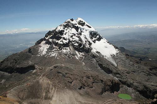 Illinizas sur mountains ecuadro ola