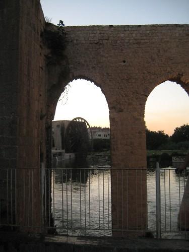 Aqueduct-Hama.JPG