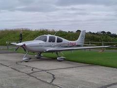 Cirrus Design Corporation Cirrus SR22 G3 G-PHEW (Old Buck Shots) Tags: egsv buckenham airfield cirrus design corporation sr22 g3 gphew ks oldbuckenhamairfield keith sowter