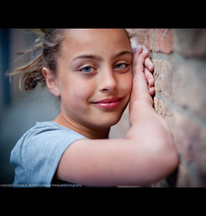 Rosalie (Michael Echteld) Tags: portrait people netherlands michael leiden bokeh neighbors neighbor buren rosalie everts minolta50mmf17 keldermans echteld sonya700 sonyalpha700