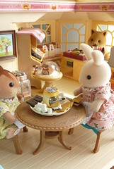 Smores (Chani-Chan) Tags: cute rabbit bunny cake shop toys japanese miniatures store sister families walnut marshmallows donut calico periwinkle sweets smores critters elegant rement crackers artisanal dollhouse applewood sqirrel sylvanian chosolate departemnt