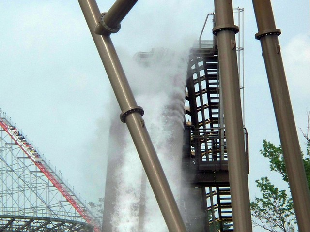 Cedar Point - New Mist on Shoot the Rapids