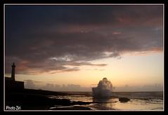 crpuscule & tempte (cafard cosmique) Tags: africa sunset photography photo twilight zonsondergang tramonto foto sonnenuntergang image northafrica c morocco maroc maghreb puestadesol dmmerung crpuscule marruecos phare  marokko rabat marrocos solnedgang afrique skumring crepsculo crepuscolo postadesol gnbatm    seher  afriquedunord  tusmrke   skymmning  llovemypics bharlekbir