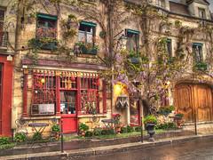 Parisian Restuarant (frogdog*) Tags: paris hdr lucis 3exp pscla frenchretsurant