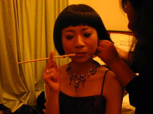 哈搞笑一下!這是雙筷子