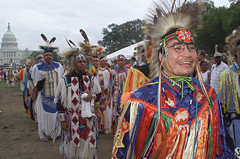 2002 Powwow (Smithsonian Institution) Tags: smile fun outdoors washingtondc washington native indian rally feathers nativeamerican capitol american daytime indians procession nations nativeamericans nationalmuseumoftheamericanindian traditionaldress september2002 headdress powwow smithsonianinstitution traditionaldance colorphotograph nativeamericanpowwow celebrationofancienttraditions powwowonthenationalmallinwashingtondc nordamerikanerindianerfest