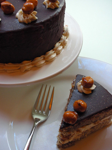 filbert gâteau with praline buttercream