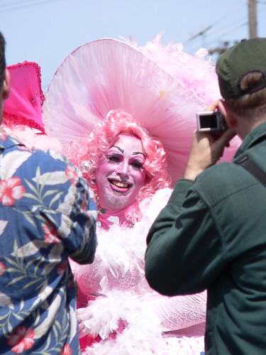 Drag queen on dolores park