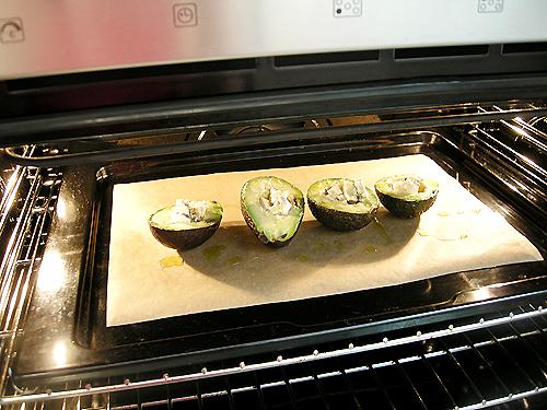 烤酪梨鑲Gorgonzola Dolce 起司-080809