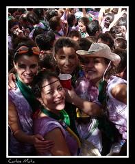 ¡Viva Huesca! (Carlos Mata Photography) Tags: huesca fiesta creative fiestas carlos agosto sombrero sanlorenzo 2008 mata vino chupinazo carlosmata ibirque sanlorenzos