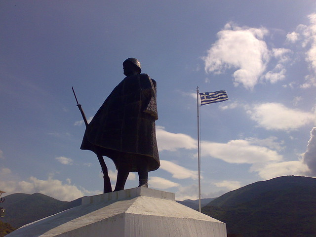 Statue of the Greek soldier at Kalpaki