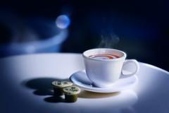 (kktp_) Tags: macro cup coffee toy thailand milk nikon dof bokeh rement sb800 d80 105mmf28gvrmicro nikoncls ehbd