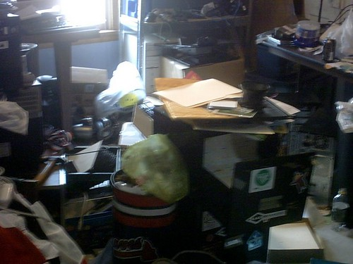 messy_room-3