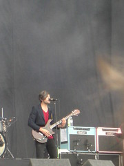 We Are Scientists, Mainstage Saturday (electriccandles) Tags: 2008 readingfestival wearescientists keithmurray