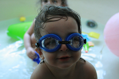 bathtime is much more fun with goggles