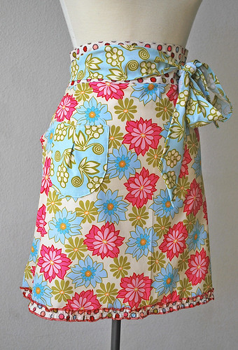 Breeze half apron