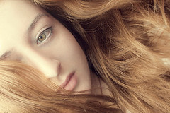 (Lara Swift) Tags: hugz micartttt micarttttportraitphotographyawards yourredheadlara michaelchee
