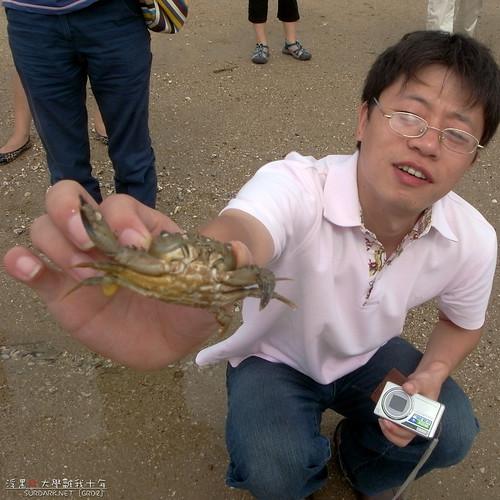 捉到一只死螃蟹