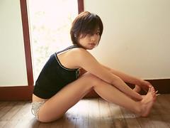 三津谷葉子 画像2